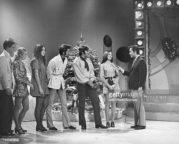 BANDSTAND 'Show Coverage' 11/12/69 Dancers Dick Clark