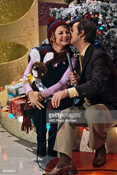 BANDSTAND 'Show Coverage' 1969 Kathy Garver Dick Clark