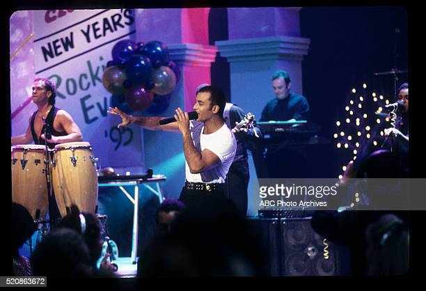 S NEW YEAR'S ROCKIN' EVE Show Coverage Airdate December 31 1994 / January 1 1995 JON