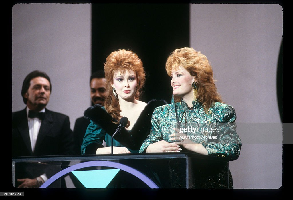 January 26, 1987  AND WYNONNA JUDD AS THE JUDDS, FAVORITE
