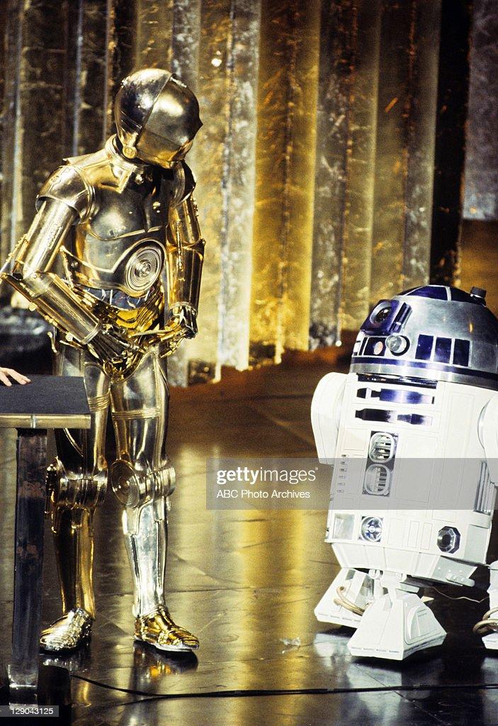 C-3PO;R2-D2 : News Photo