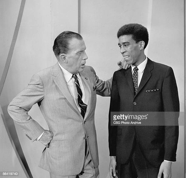 SHOW Show host Ed Sullivan greets guest Richard Pryor Image dated May 9 1965