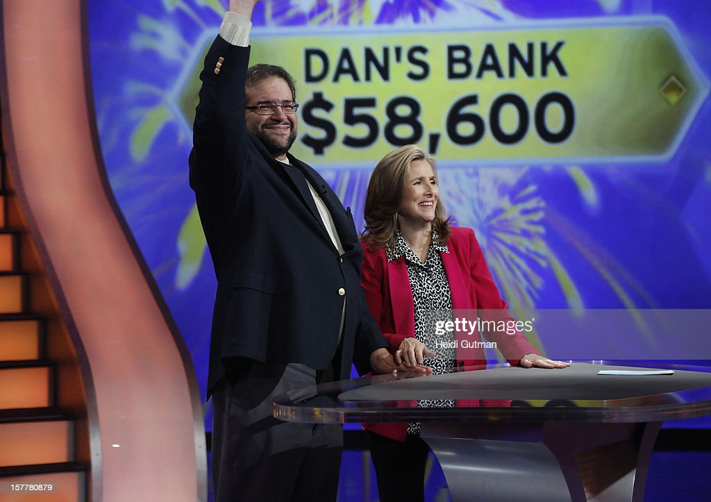 Millionaire Show Mi11 070 Dan Delisio From Pittsburgh Pa Is A News Photo Getty Images