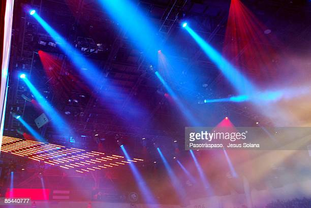 show must go on - performing arts event stock pictures, royalty-free photos & images