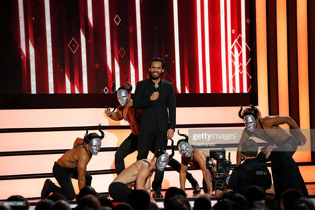 "Telemundo's ""2016 Premios Tu Mundo"" - Show"