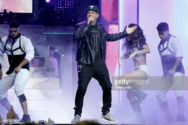 Nicky Jam on stage during the 2015 Premios Tu Mundo at the American Airlines Arena in Miami Florida on August 20 2015 PREMIOS TU MUNDO 2015 Programa...