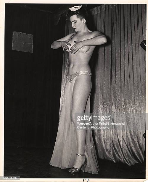 Showgirl on stage twentieth century Photo by Weegee /International Center of Photography/Getty Images