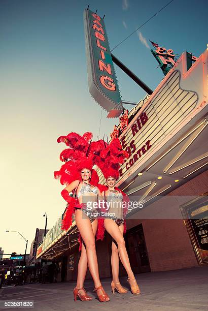 showgirls on street, las vegas, nevada, usa - hugh sitton stock pictures, royalty-free photos & images