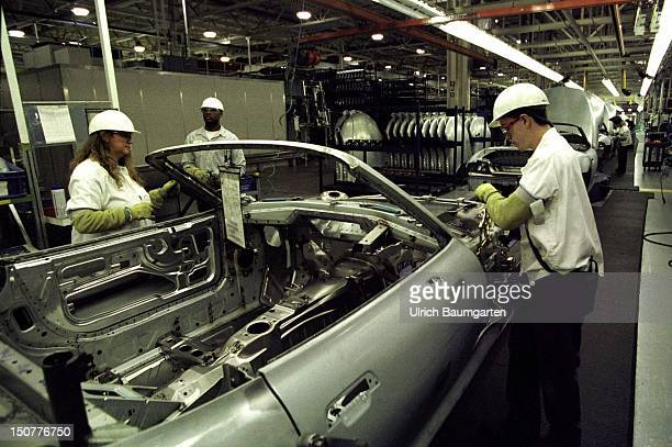 BMW showing flag in Spartanburg South Carolina Our picture shows the production of the BMW Z3