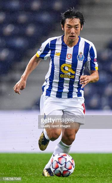 Shoya Nakajima of FC Porto in action during the UEFA Champions League Group C stage match between FC Porto and Olympiacos FC at Estadio do Dragao on...