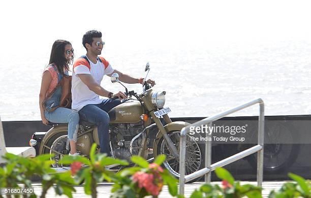 Shraddha Kapoor and Aditya Roy Kapoor at Worli sea face in Mumbai