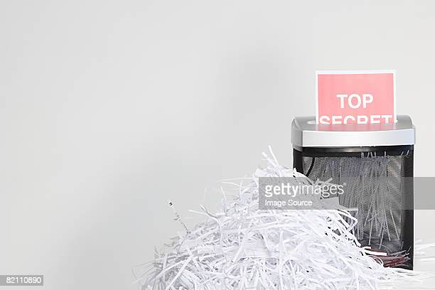 shredded paper - shredded stock pictures, royalty-free photos & images