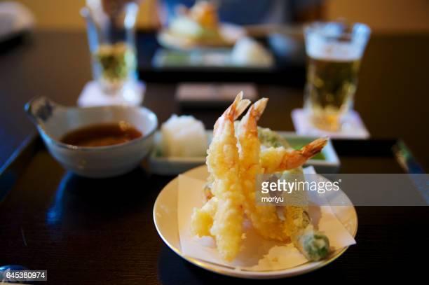 shrimp tempura set - washoku fotografías e imágenes de stock
