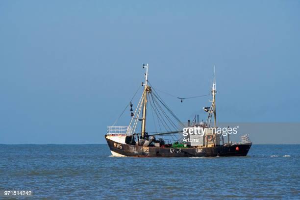 Shrimp trawler / shrimper fishing for shrimps in the North Sea along the Belgian coast near Nieuwpoort / Nieuport, West Flanders, Belgium.