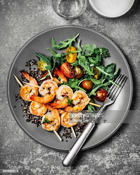 Shrimp with green salad