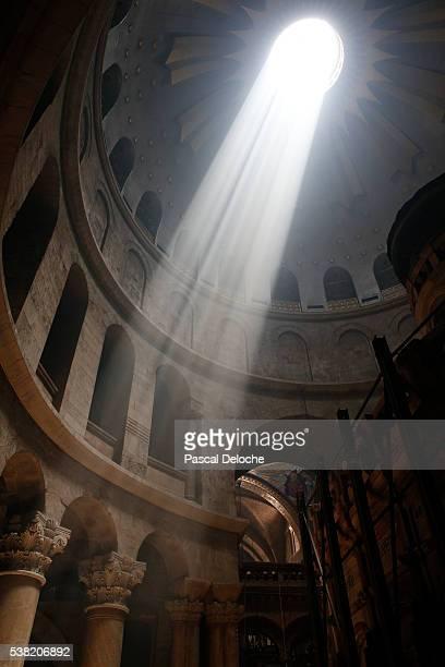 shrine. holy sepulchre church. - chiesa del santo sepolcro foto e immagini stock