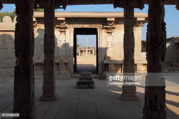 shrine of hazara rama temple, hampi, india - argenberg ストックフォトと画像