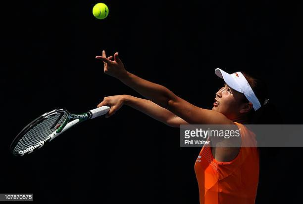 Shuai Peng of China serves during her match against Svetlana Kuznetsova of Russia on day three of the ASB Classic at ASB Tennis Centre on January 5...