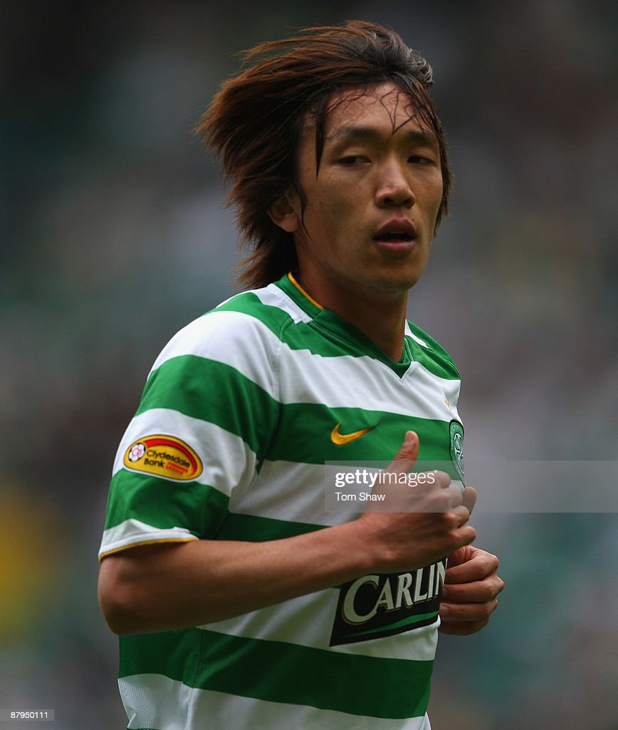 Shunsuke Nakamura of Celtic in action during the Scottish Premier League match between Celtic and Hearts at Parkhead on May 24, 2009 in Glasgow, Scotland.