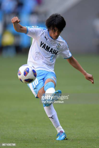 Shunsuke Nakamura of Jubilo Iwata in action during the JLeague Levain Cup playoff first leg match between Gamba Osaka and Jubilo Iwata at Suita City...