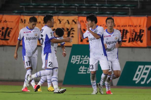 JPN: Renofa Yamaguchi v V-Varen Nagasaki - J.League Meiji Yasuda J2