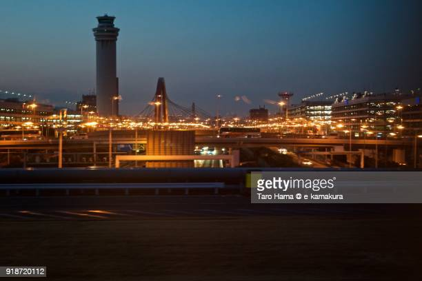 Shuto Expressway run between both domestic terminals of Tokyo Haneda International Airport