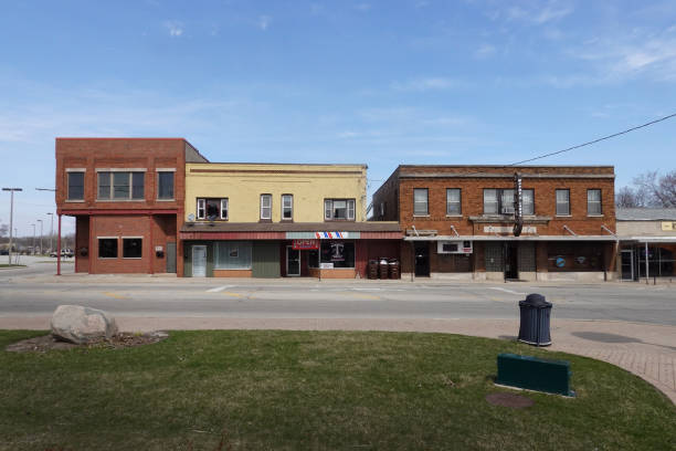 IL: Small Towns Cope With Shutdowns During COVID-19 Pandemic
