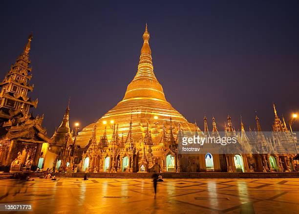 シュエダゴォンパゴダ、ミャンマー