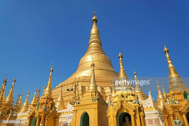 shwedagon pagoda, yangon - myanmar culture stock pictures, royalty-free photos & images