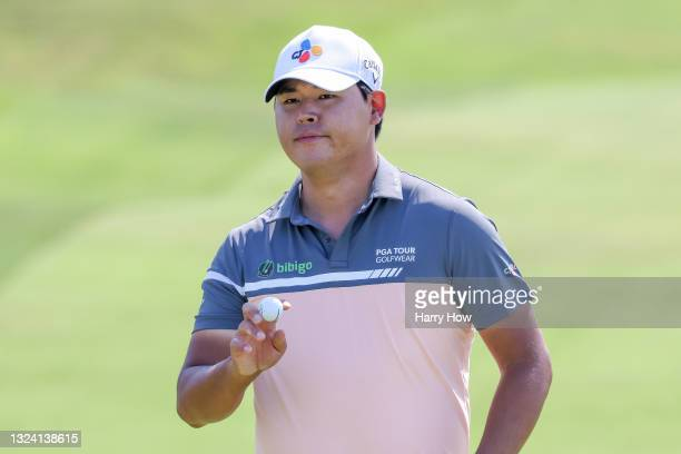 Si Woo Kim of South Korea reacts to a birdie on the first green during the first round of the 2021 U.S. Open at Torrey Pines Golf Course on June 17,...