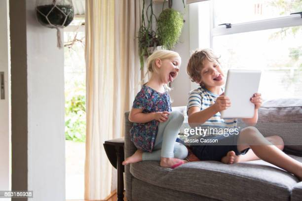 siblings - children only stock pictures, royalty-free photos & images