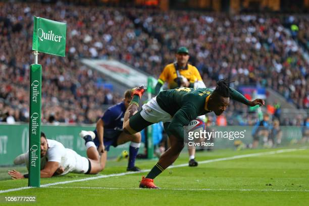 Sibusiso Nkosi of South Africa scores his team's first try during the Quilter International match between England and South Africa at Twickenham...