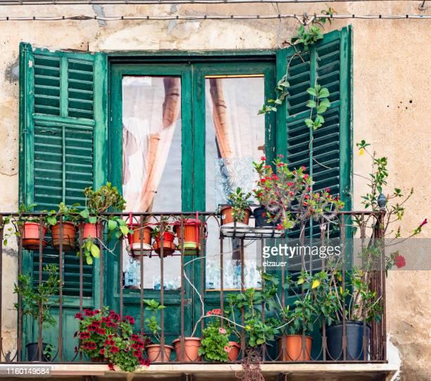 sicilian balcony - シチリア パレルモ市 ストックフォトと画像
