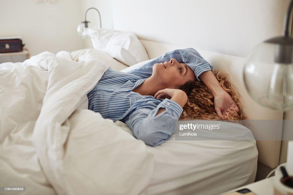Ziek en moe van het gevoel ziek en moe : Stockfoto