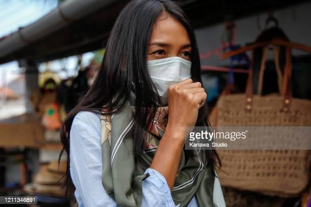 病気のアジアの女性旅行 - 重症急性呼吸器症候群 ストックフォトと画像