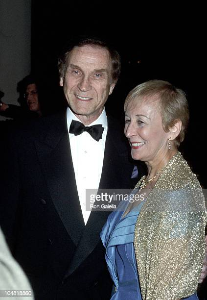 Sid Caesar and wife during Warren Cowan Named Mentor of the Year by Volunteers of America at Beverly Hilton Hotel in Beverly Hills California United...