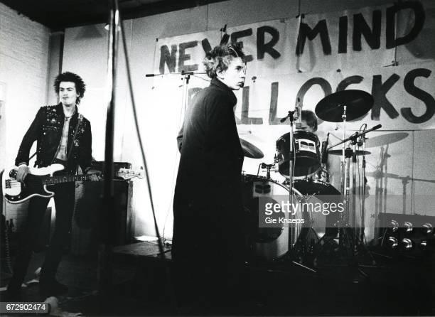 Sid Vicious Johnny Rotten Paul Cook The Sex Pistols De Effenaar Eindhoven Holland December 1977