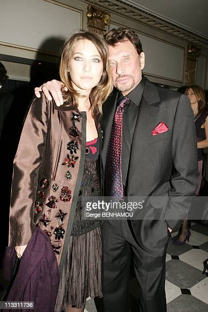 Sidaction Party On February 2Nd 2005 In Paris France Johnny Hallyday And His Daughter Laura