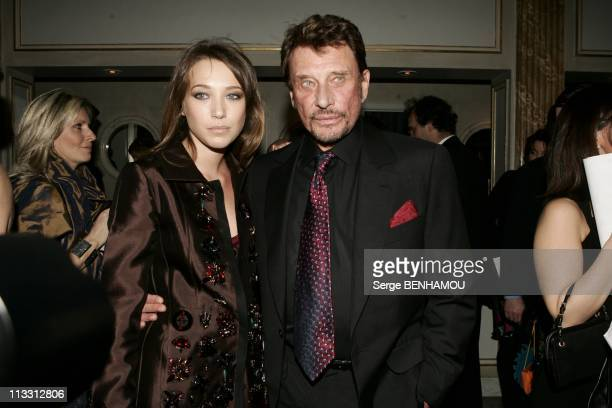 Sidaction Party On February 2Nd 2005 In Paris France Laura Smet And Johnny Hallyday
