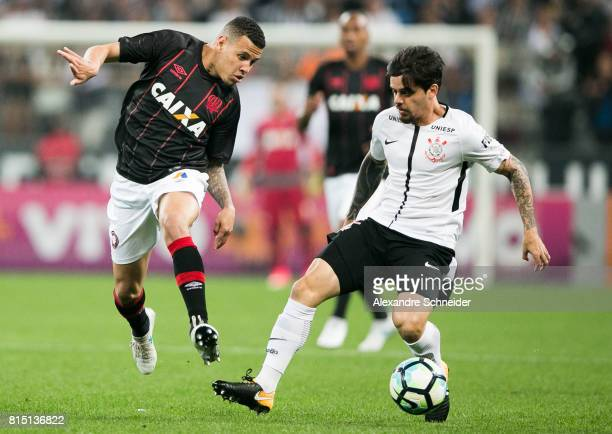 Sidcley of Atletico PR and Fagner of Corinthians in action during the match between Corinthians and Atletico PR for the Brasileirao Series A 2017 at...