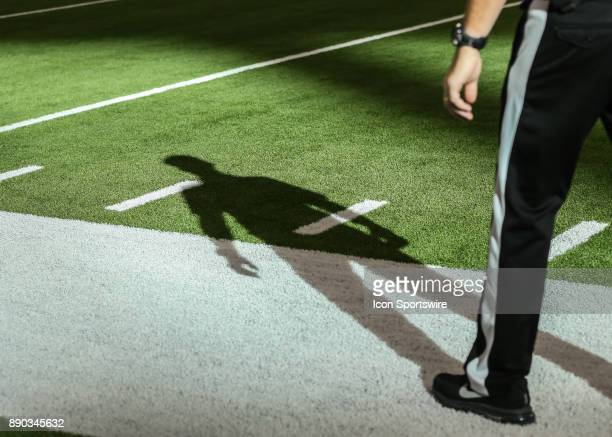 Side judge Allen Baynes watches the line of scrimmage during the NFL game between the San Francisco 49ers and Houston Texans on December 10 2017 at...