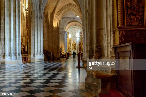 side nave of the cathedral of oviedo, asturias, spain - oviedo stock pictures, royalty-free photos & images