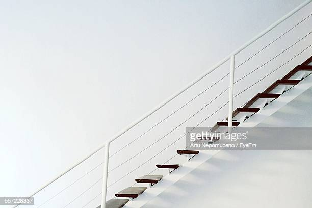 side profile of staircase - staircase stock pictures, royalty-free photos & images