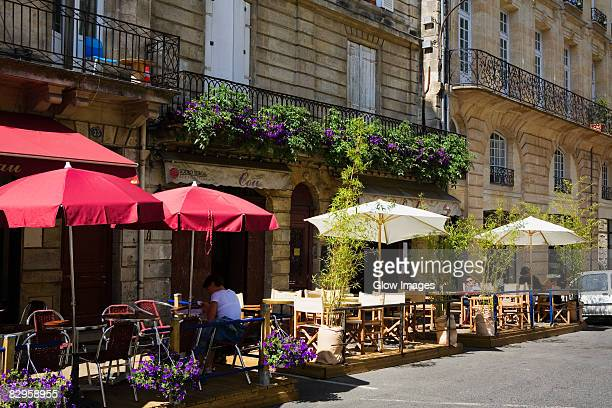 Sidewalk cafe at the roadside, Porte Cailhau, Vieux Bordeaux, Bordeaux, France