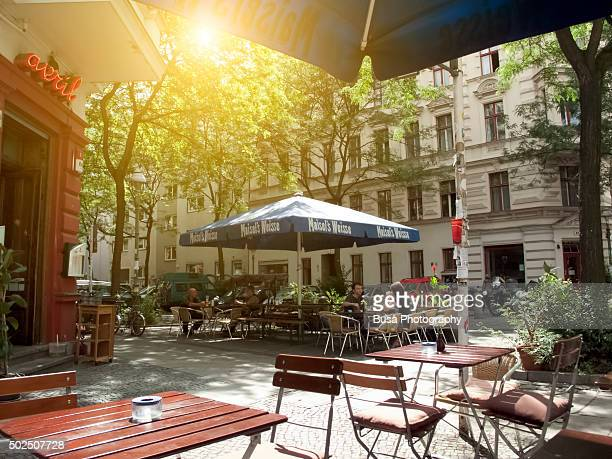 sidewalk cafe in berlin, district of kreuzberg - central berlin stock pictures, royalty-free photos & images