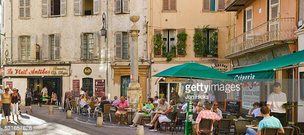 Sidewalk Cafes in Vieil Antibes