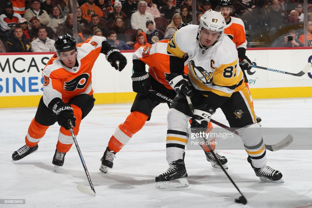Sidney Crosby #87 of the Pittsburgh Penguins in action against the Philadelphia Flyers during the first period at Wells Fargo Center on January 2, 2018 in Philadelphia, Pennsylvania.