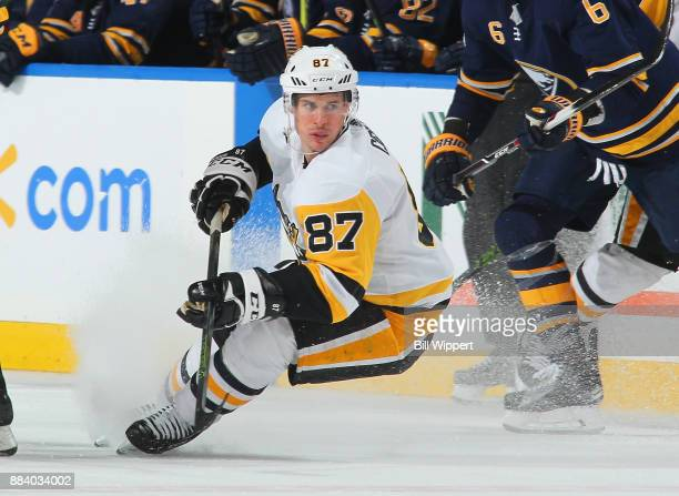 Sidney Crosby of the Pittsburgh Penguins makes a quick stop during an NHL game against the Buffalo Sabres on December 1 2017 at KeyBank Center in...
