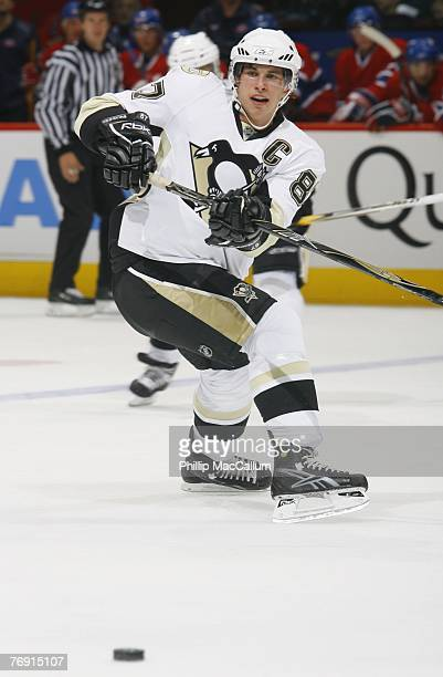 Sidney Crosby of the Pittsburgh Penguins plays the puck against the Montreal Canadiens during a pre-season game on September 17, 2007 at the Bell...
