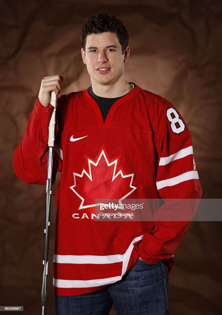 Sidney Crosby #87 of the Pittsburgh Penguins poses for a portrait in his Team Canada 2010 Olympic jersey on February 3, 2010 at Mellon Arena in Pittsburgh, Pennsylvania.